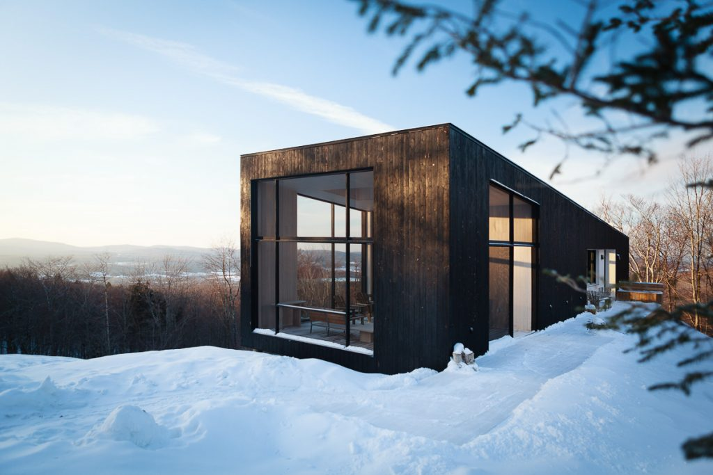 Winter in Quebec - House on the Hill